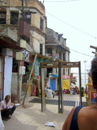 Metal detectors leading to the Ganges waterfront (do they help at all??).