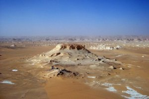 The chalk formations of the White Desert.
